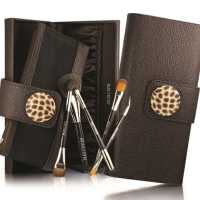 Laura Mercier Brushes - Travel Friendly